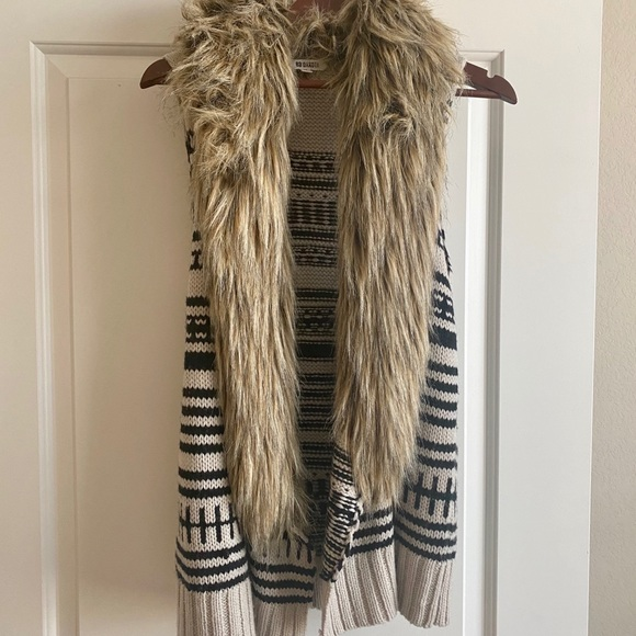Bb Dakota Jackets Amp Coats Vest With Fur Poshmark